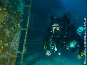 CCR rebreather Diving Wrecks