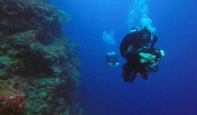 Deco Divers at 40 Meters