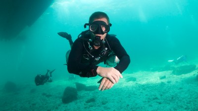 Sidemount is a recreational diving course