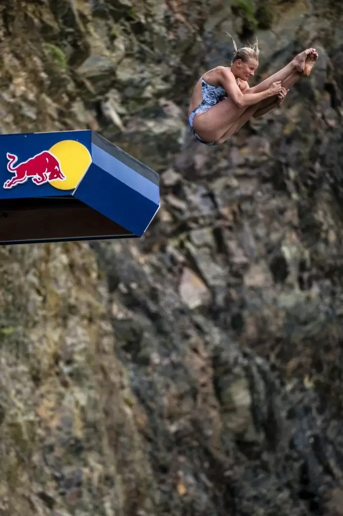 red-bull-cliff-diving-mostar_fot-olaf-pignataro_red-bull-content-pool_00985