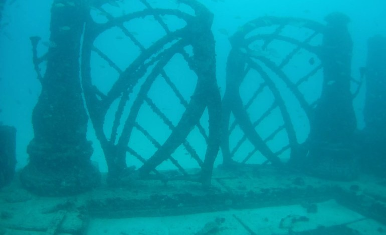 Atlantis - podwodny cmentarz