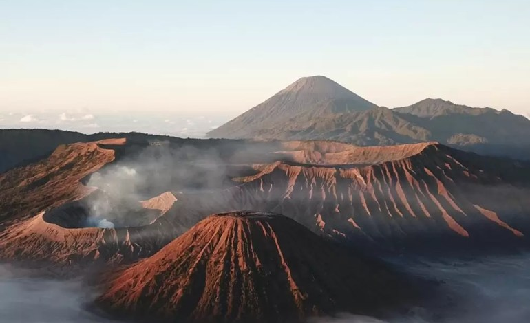 Góra Bromo w Indonezji fot.:Dronestagram/jennys.travel_photography