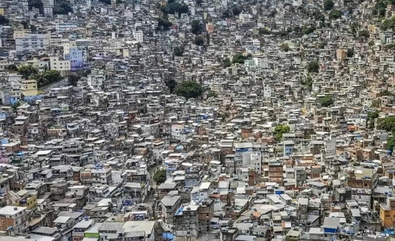 Rocinha to największa favela w Brazylii, fot.: Dronestagram / Ulysses Padilha