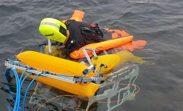 Autonomiczny robot podwodny ratuje ludzi przed utonięciem
