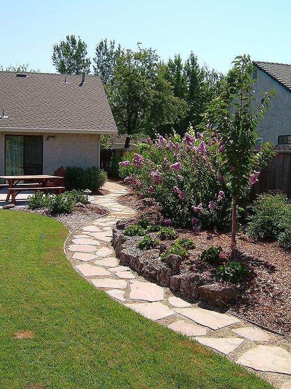 flagstone & slateblue oak landscaping