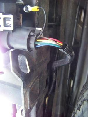Installing a 7Blade RV Connector on a Ford Expedition : Blue Oval Trucks