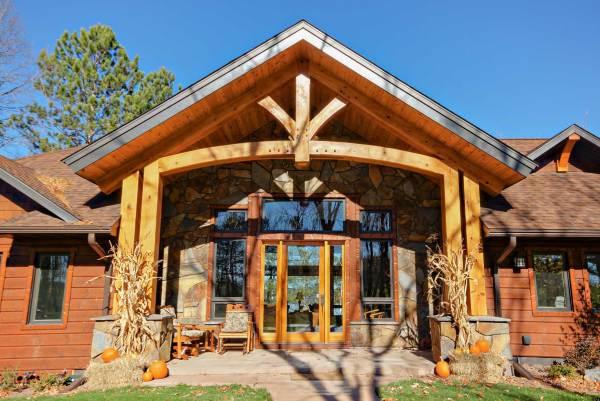 Exterior Lah 2 - Blue Ox Timber Frames