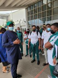 Breaking - Olympic Relay qualifiers: Minister Dare sees off Team Nigeria to US as 16 athletes jet out