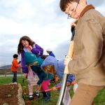 Students At Rockfish River Elementary Work On Butterfly Garden : 4.9.09