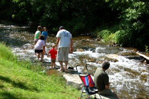 It was the perfect afternoon for people to check out the river at the winery!