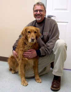 ©2005-2015 Blue Ridge Life Magazine : Dr. Steve Lotz in March 2005 at Wintergreen Animal Hospital just south of Nellysford, Virginia. This was days before the launch of our then, Nelson County Life Magazine. Dr. Steve as we lovingly called him became a regular vet columnist for our magazine for a number of years. Health problems later forced him to retire from his practicing veterinary medicine.
