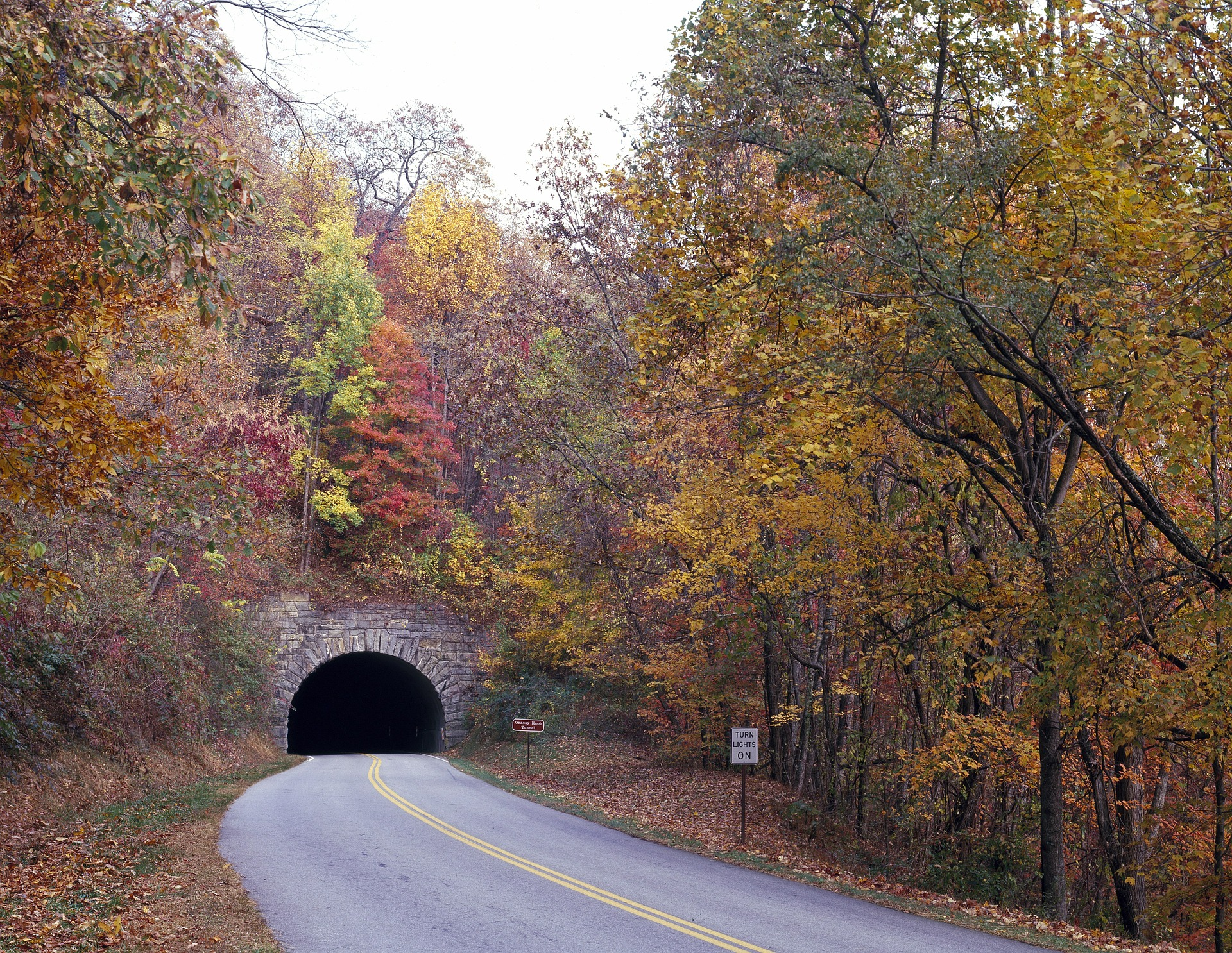 Fall In The Smoky Mountains Wallpaper Blue Ridge Parkway Fall Driving Guide Blue Ridge Parkway 75