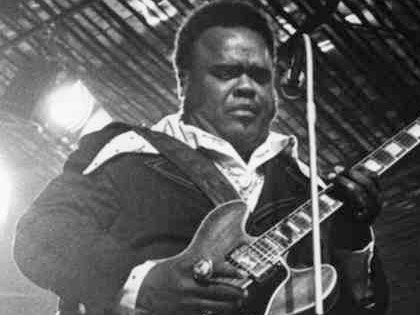 Here, in a 1974 gig in sweden we get him at his very best, backed by a. Freddie King Blues Guitar Insider