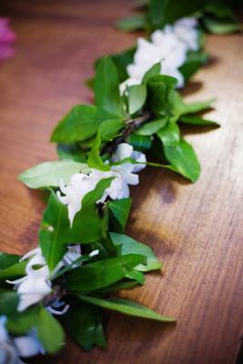 White Wedding Flowers Blue Sky Weddings Maui