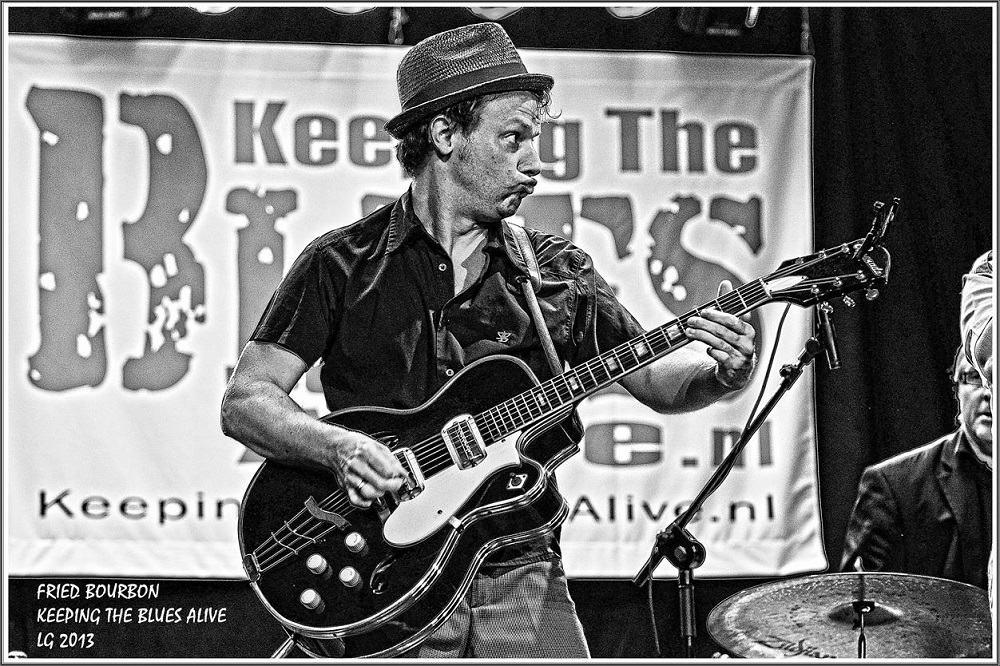 CLAUDE BOURBON 29-09-2013 Keeping The Blues A_live   (9)