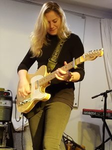 "Med ""Junior"", en Fender Esquire-guitar"