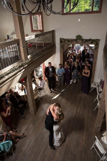 Colorado_wedding_photography_Evergreen_Red_Barn_014