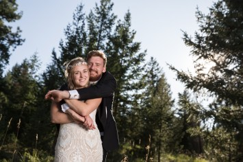 Colorado_wedding_photography_Evergreen_Red_Barn_020