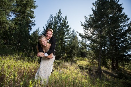 Colorado_wedding_photography_Evergreen_Red_Barn_021