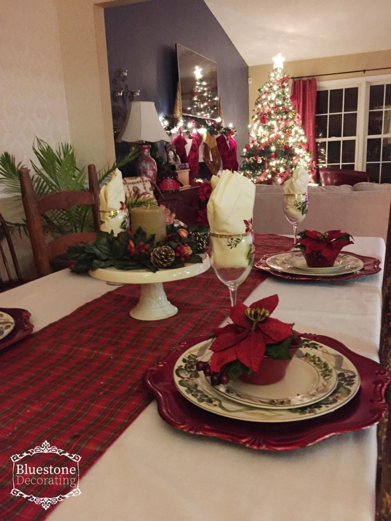 This classic Christmas Tablescape is the perfect way to entertain for the holidays. by Crystal Ortiz of Bluestone Decorating
