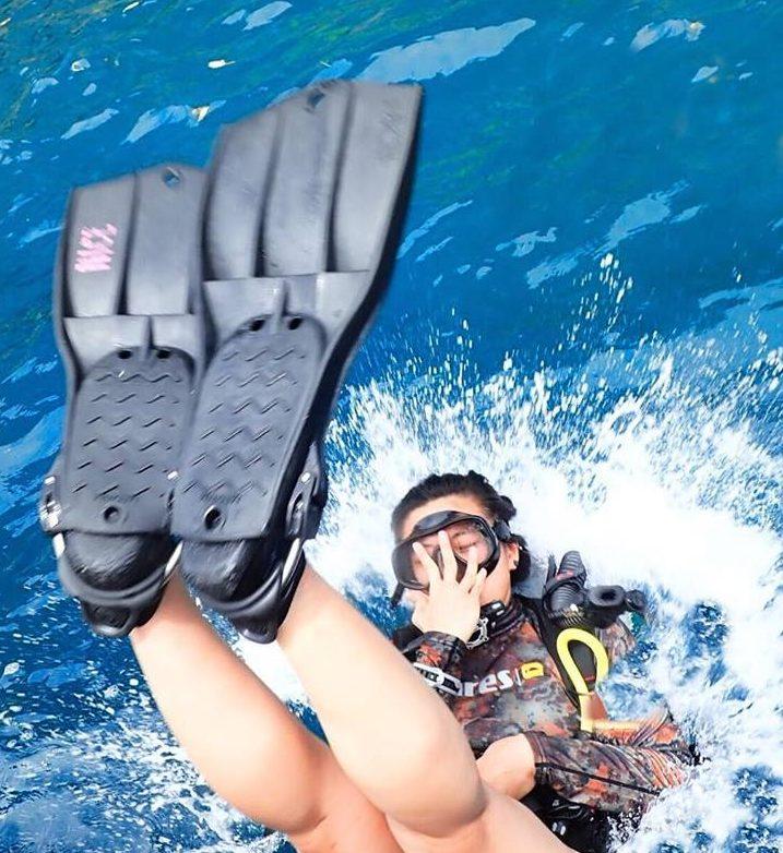 padi diving, backroll