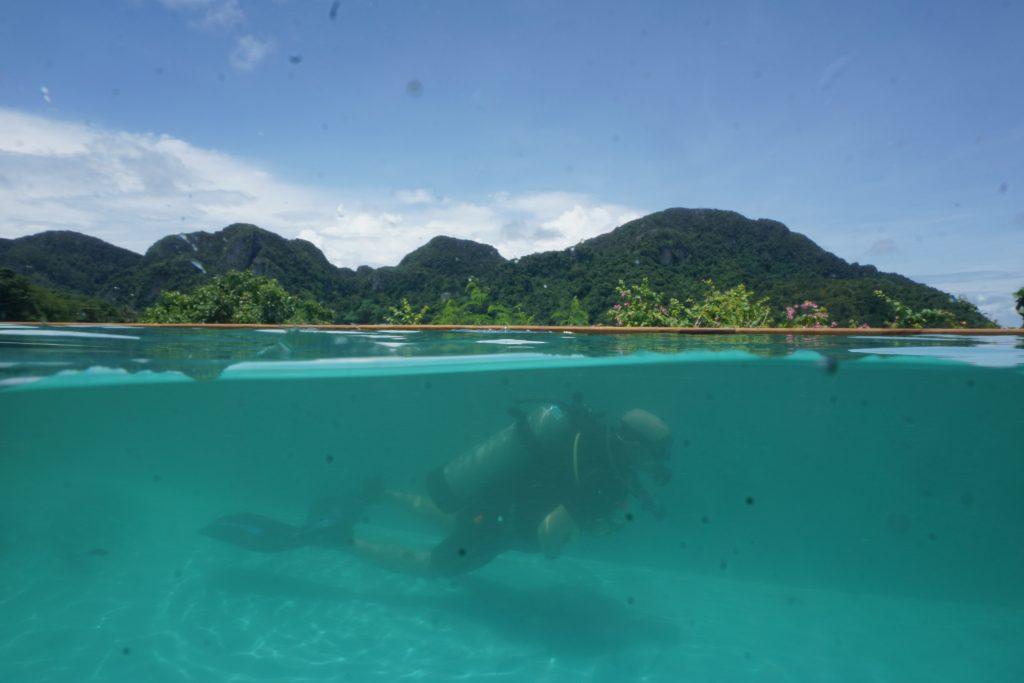 discover scuba , phi phi scuba dive, viewpoint pool
