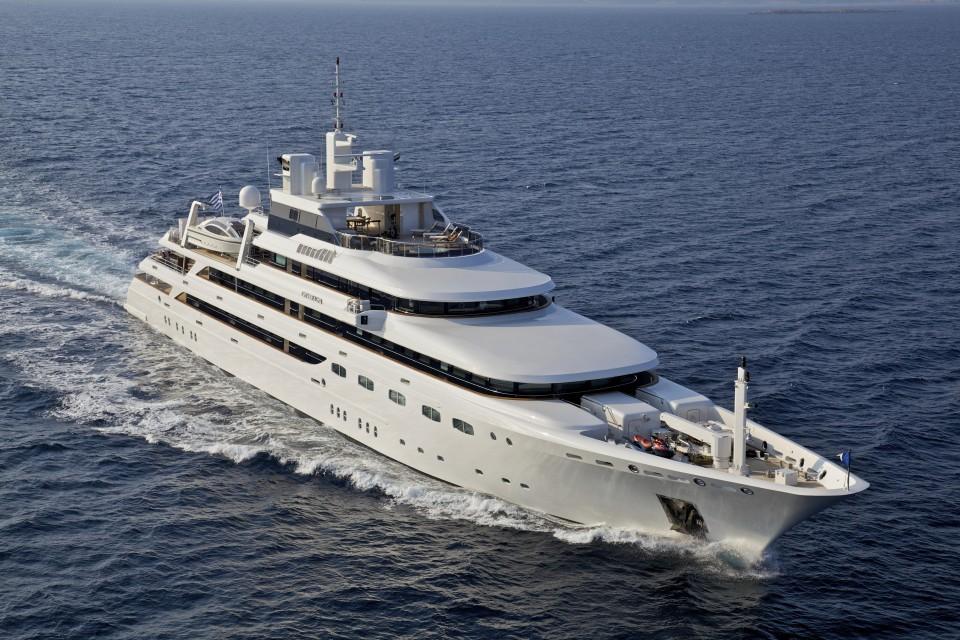 OMega Yacht Charter Mitsubishi Yachts Luxury Superyacht