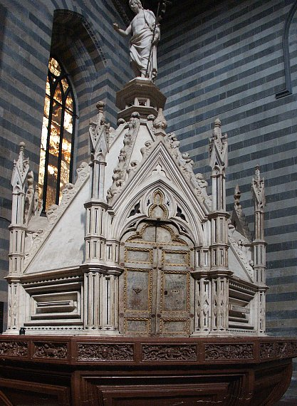 Images of Orvieto Cathedral