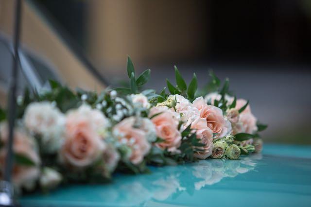 Hochzeitsauto Blumen Flaschka Augsburg  Blumen Flaschka