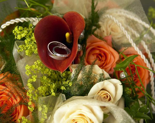 Hochzeitsfloristik  Blumen Gtlich