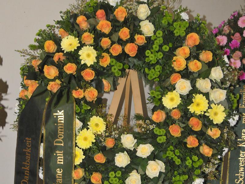 Beerdigung  Floristik Grtnerei Geschenksartikel Sdtirol