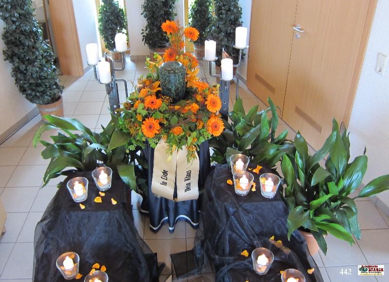 Blumenschmuck fr Urnen