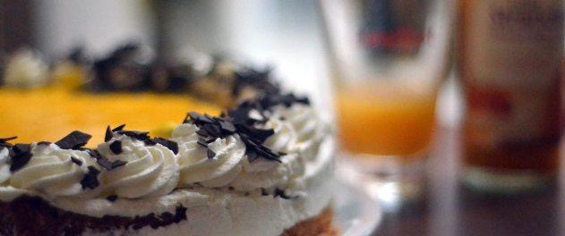 Kuchen und Torten werden im Blumenhaus-Café in Friedrichstadt frisch zubereitet