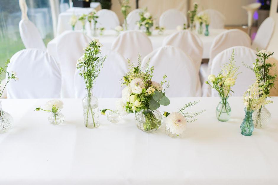 Blumen Tischdekoration Hochzeit  Sonja Klein