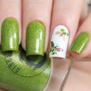 green butterfly nails - blurmark