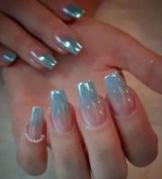 trending metallic nails