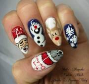 adorable holiday nail design