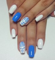 stylish blue nail art design