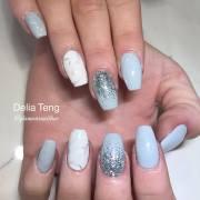 lustrous shimmer nail art