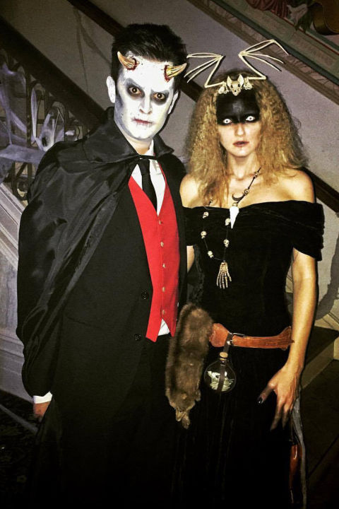 65 Interesting Halloween Couple Outfits For The Couples