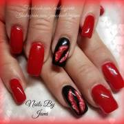 adorable valentine day nail