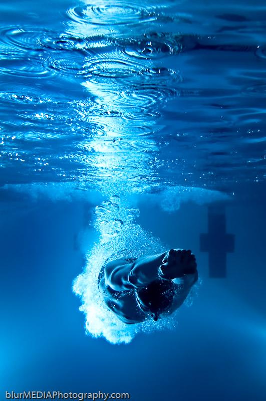 Starting Dive Underwater