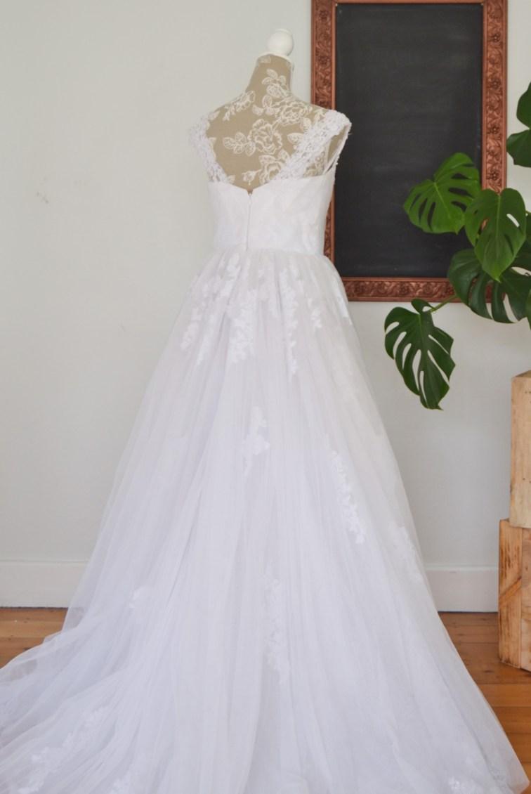 Ballgown Elizabeth wedding dress