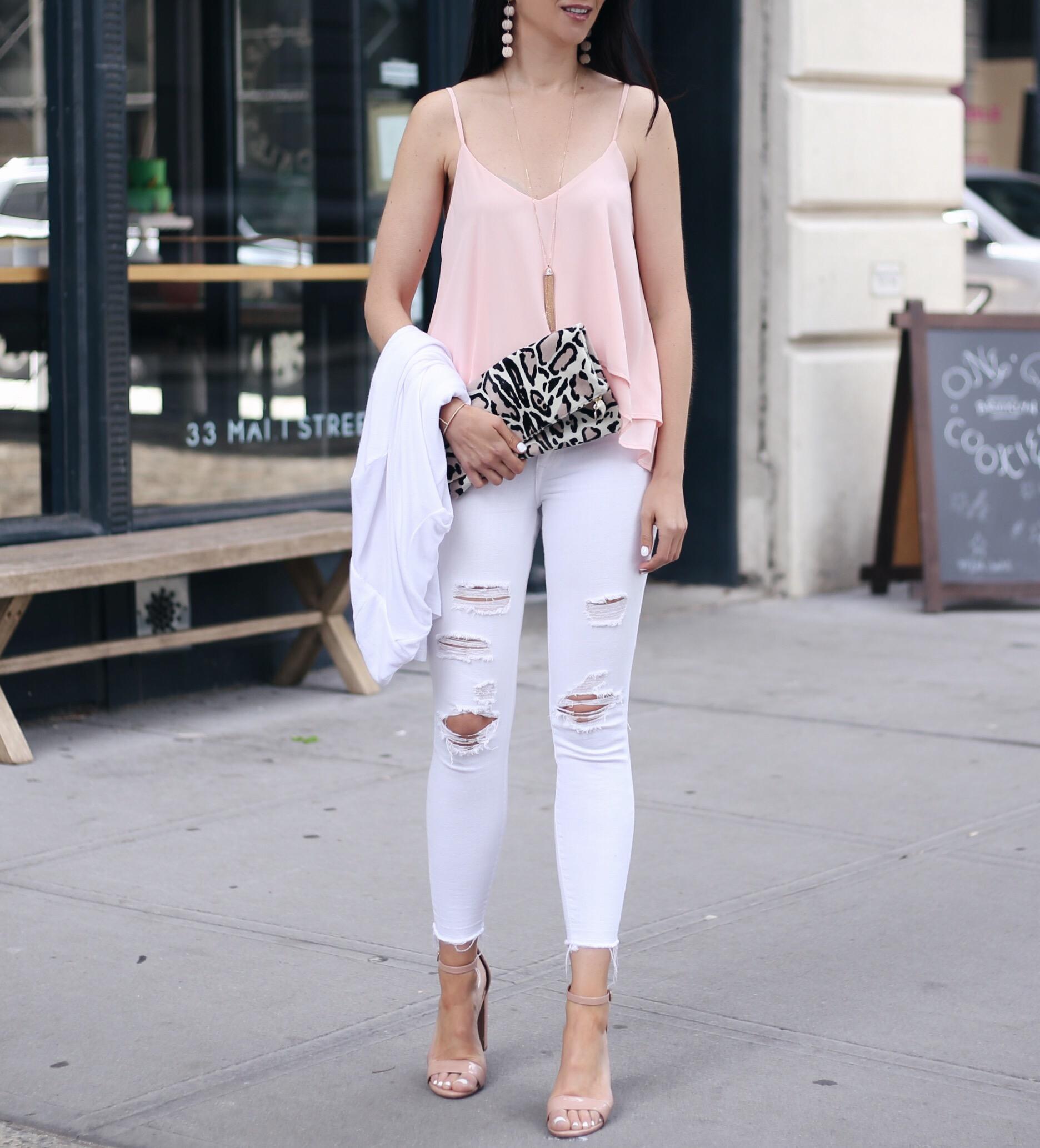 Anna Monteiro blogger of blushing rose style wearing steve madden block heel carrson sandals