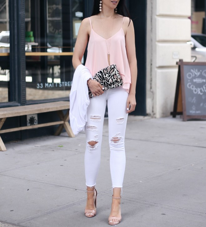 Anna Monteiro blogger of blushing rose style wearing steve madden block heel carrson sandals