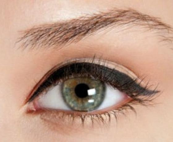5 Best Ways To Line Up Your Eyes At The Different Moments 11