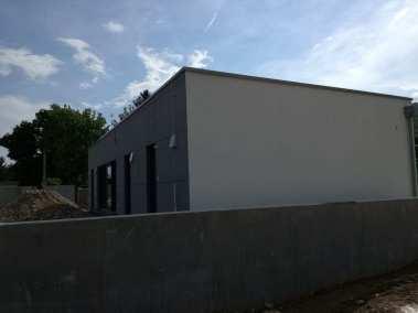 Ochrana proti blesku - Uchytenie bleskozvodovej sústavy na stene domu