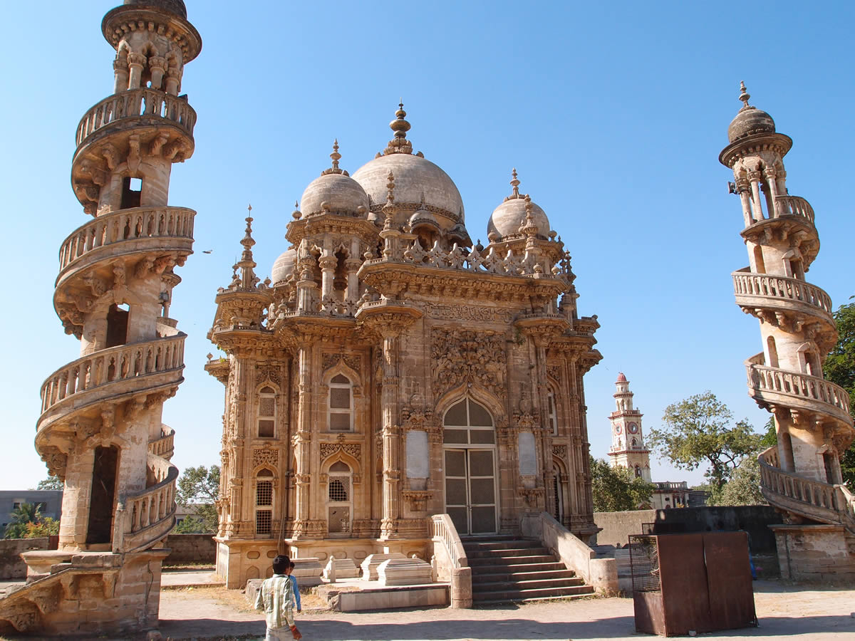 Top 10 Unmissable Destinations to Visit In Gujarat | BMS.co.in