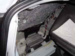 Amplifier Water Damage  Trunk Leak  BMW E90 E91 E92