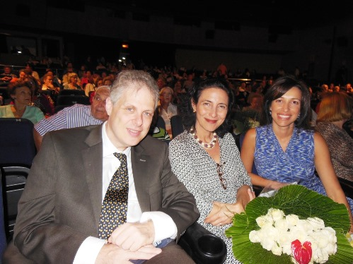 Ricardo Berkiensztat, Lucia Barnea e Luciana MautnerAAA